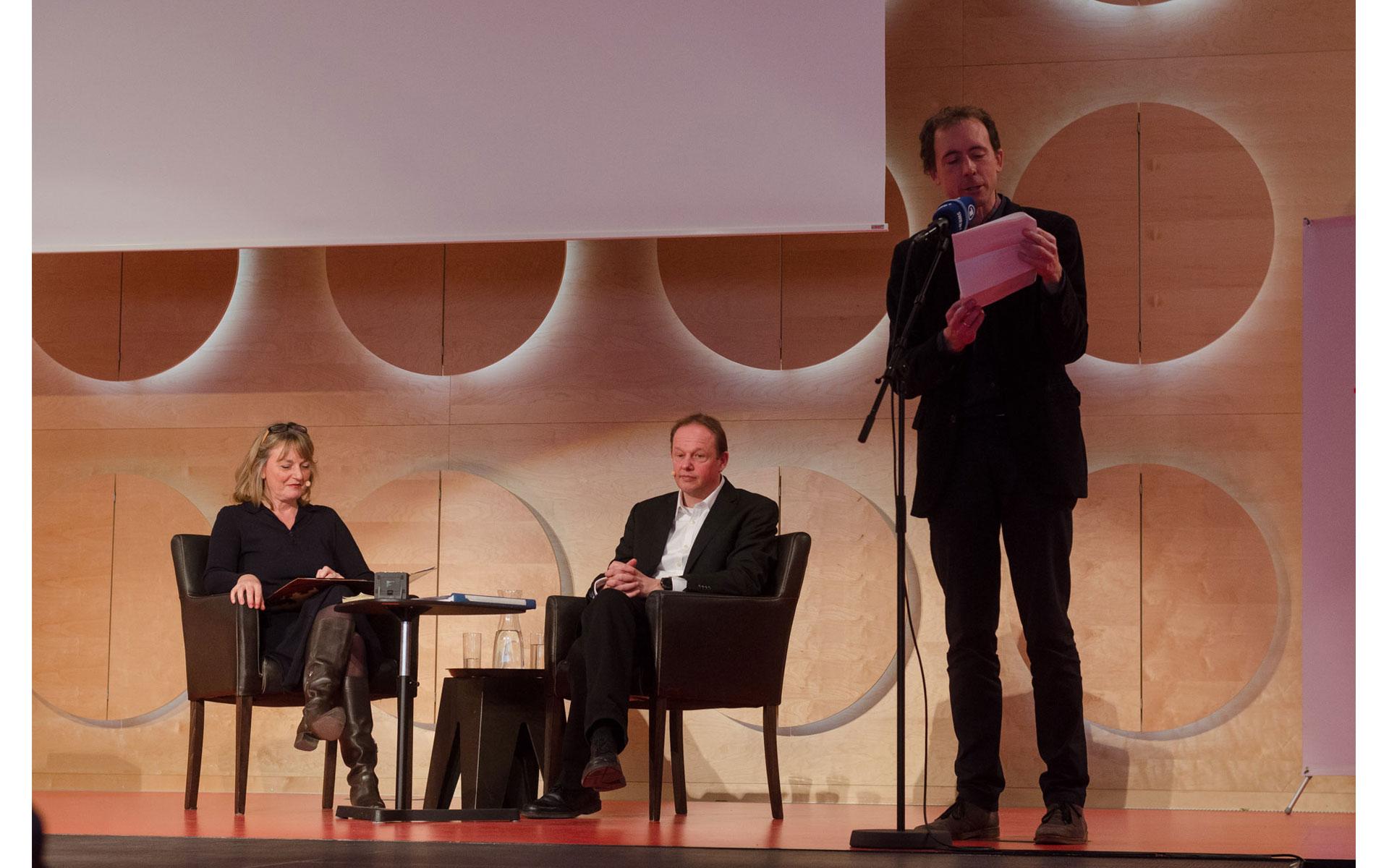 "Carl Philipp von Maldeghem: J. W. von Goethe ""Faust I"" <br/>(c) Simon Adolphi"