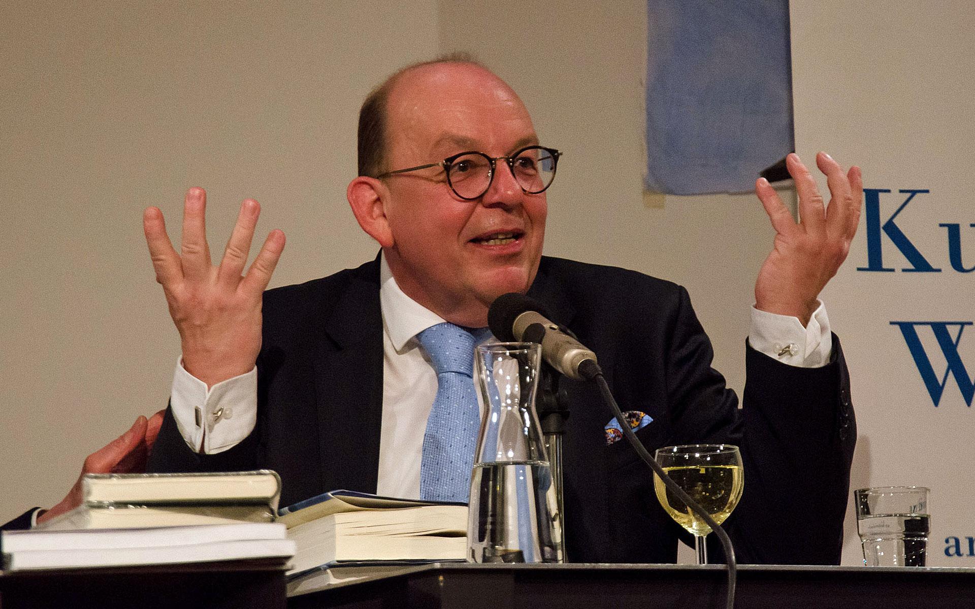 Thomas Hitzlsperger, Denis Scheck: Das Leben ist rund! Was verbindet Fußball und Literaturkritik? <br/>(c) Simon Adolphi