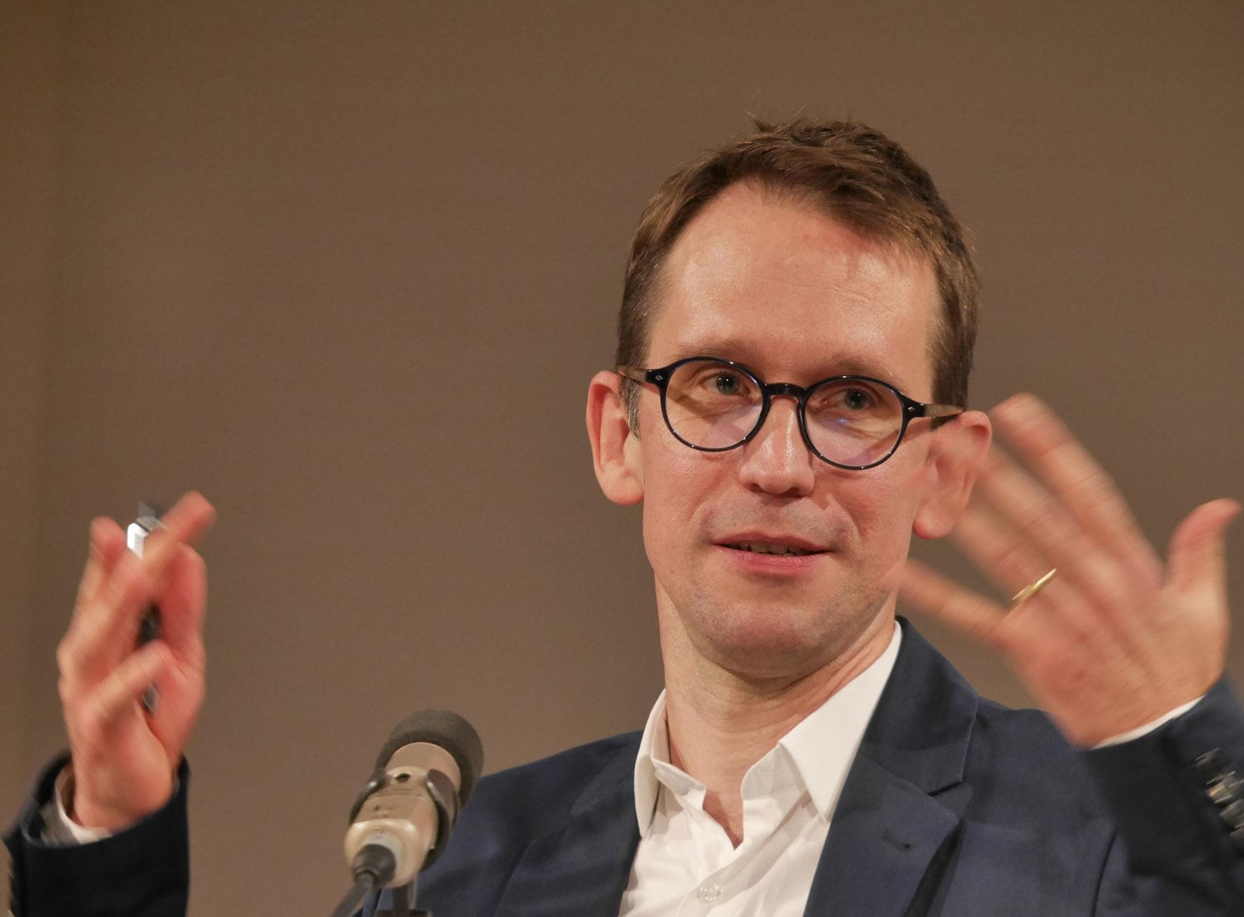 Nicolas Mathieu: Wie später ihre Kinder <br/>(c) Heiner Wittmann