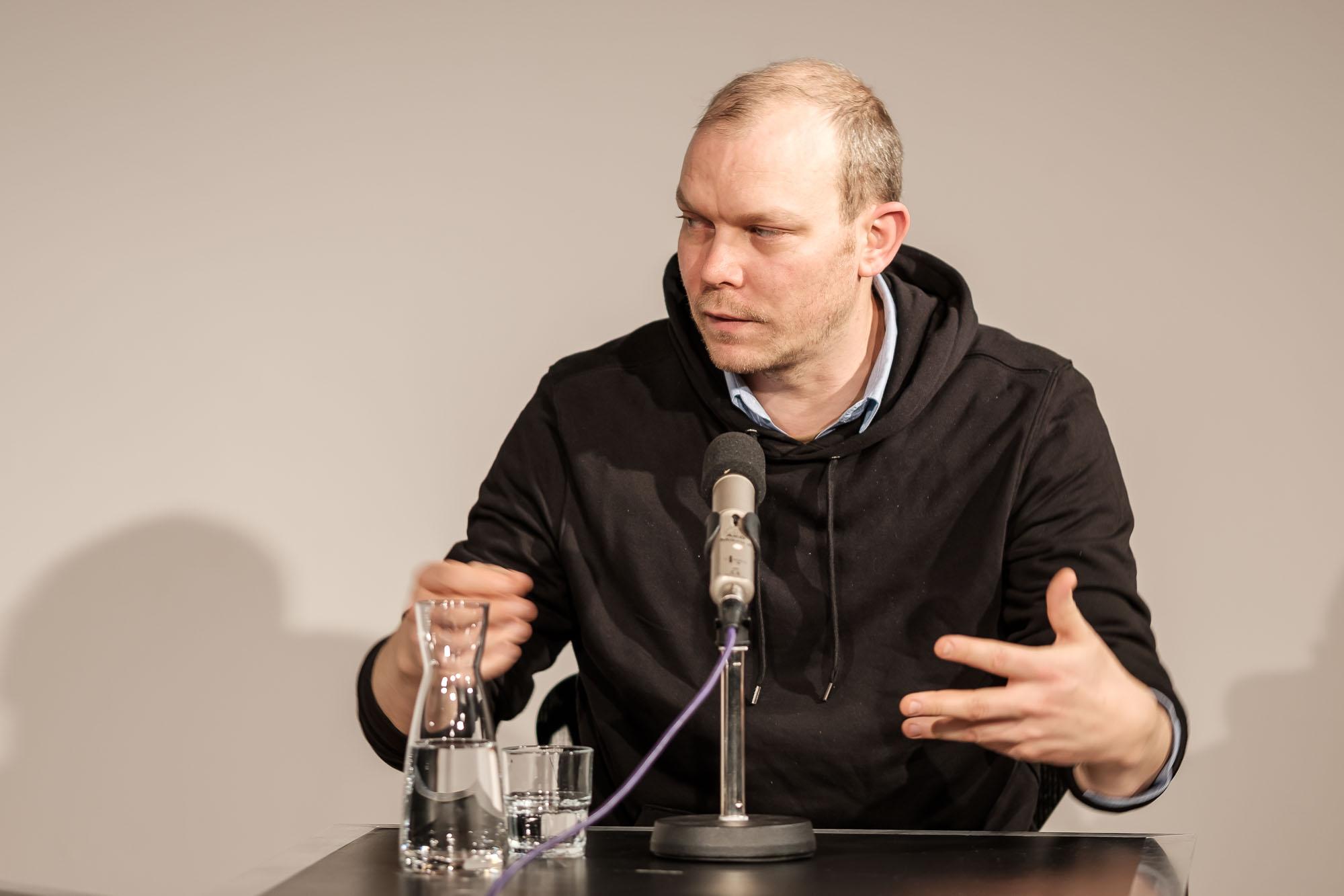 Johan Harstad: Max, Mischa und die Tet-Offensive,                                                               Mittwoch, 16.10.19               /                   19.30              Uhr                               <br/>(c) Sebastian Wenzel