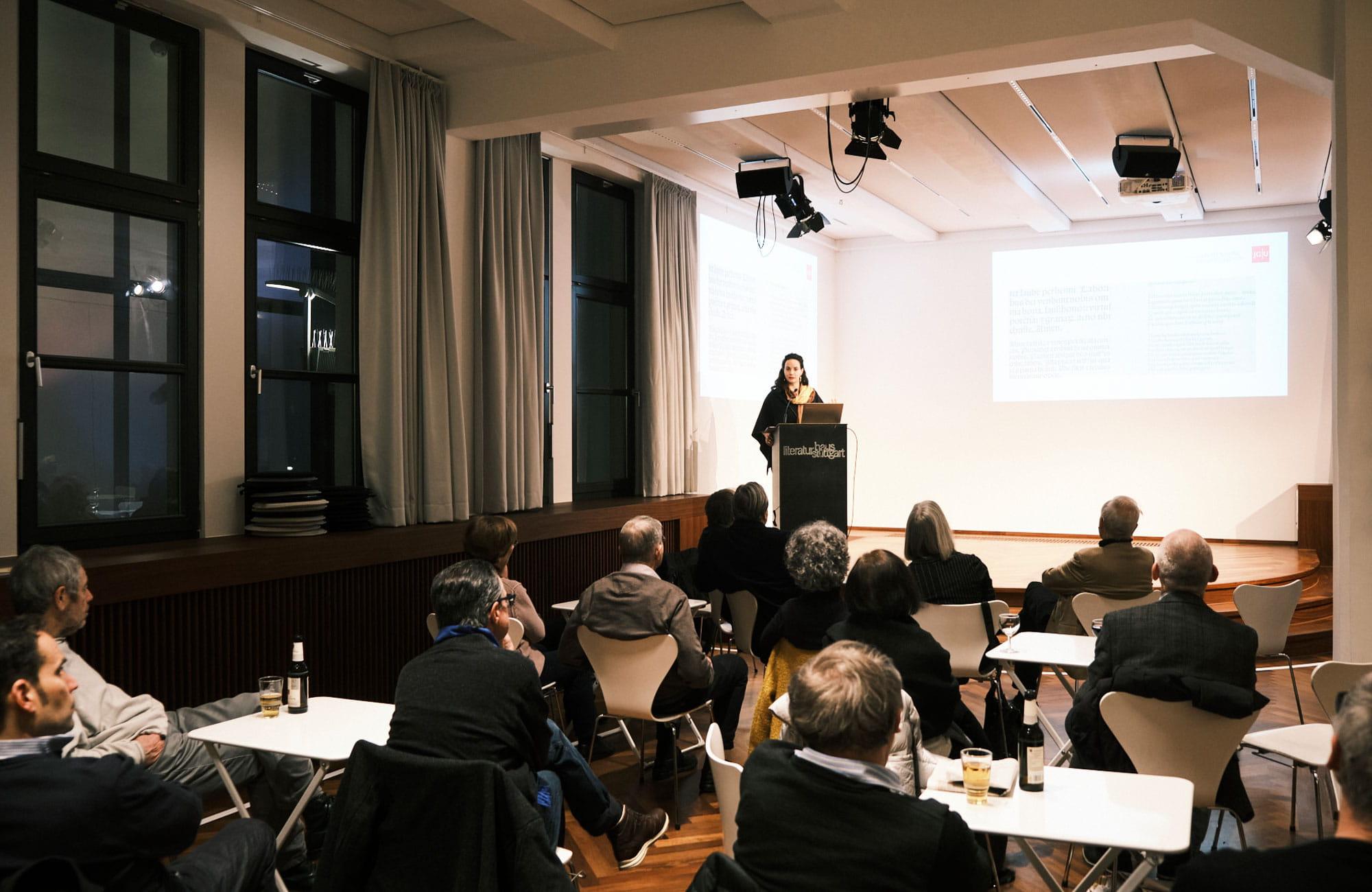 Saskia Limbach: Flugblätter und Fake News - Über Einblattdrucke aus der Frühzeit des Buchdrucks <br/>(c) Sebastian Wenzel