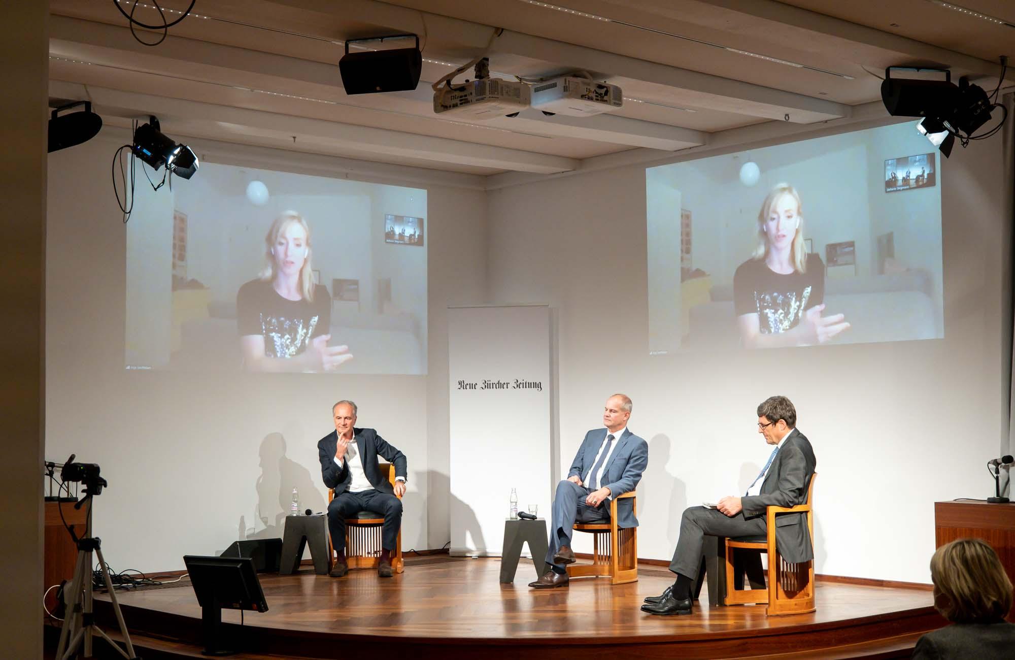 Luc Dudler, Elgar Fleisch, Nicole Hoffmeister-Kraut, Matthias Stotz: NZZ Podium Europa <br/>(c) Sebastian Wenzel