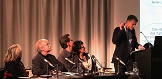 Gudrun Penndorf, Jean-Pierre Mercier: Die spinnen, die Römer! Ils sont fous, ces Romains! <br/>(c) Heiner Wittmann