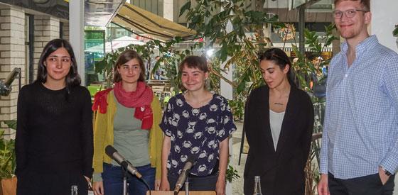 5 GewinnerInnen: Der Lyrikwettbewerb <br/>(c) Sebastian Wenzel