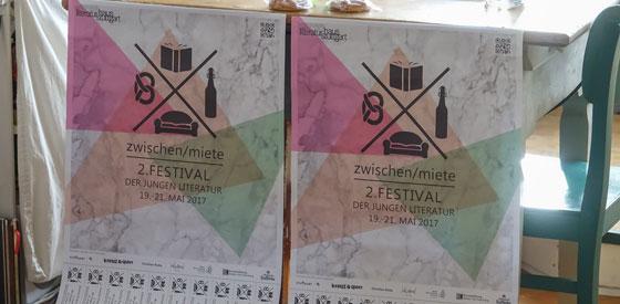 """Lyrikkollektiv G13, Senthuran Varatharajah, Nora Wagener, Phillip Winkler, Sascha Macht, Kathrin Jira: 2. Stuttgarter Festival """"zwischen/miete"""""""