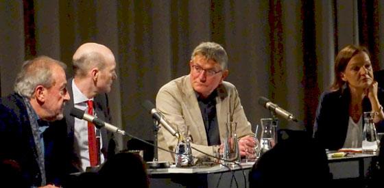 Nicolas Hénin, Sabine Damir-Geilsdorf: Propaganda: Sprache, Text und Poesie,                                                             Freitag, 13.05.16               /                   20.00              Uhr                               <br/>(c) Wittmann