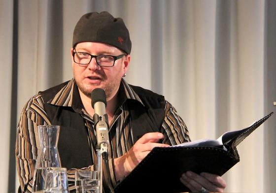 Christian von Aster: Der letzte Schattenschnitzer <br/>(c) Heiner Wittmann