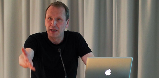 Mediengruppe !Bitnik, Robert Sakrowski: System Hacks <br/>(c) Sebastian Wenzel