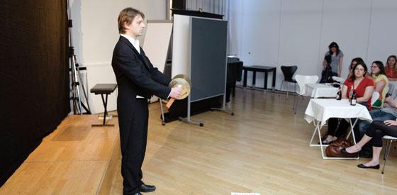 Pantomimen Bastian & Pan: Asimovs Robotergesetze, Freitag, 06.06.14               /                   19.00              Uhr <br/>(c) Ronny Schönebaum