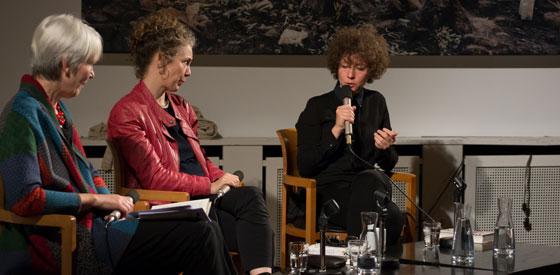 Melinda Nadj Abonji, Sasha Marianna Salzmann: Wer sagt dir, wer du bist? <br/>(c) Simon Adolphi